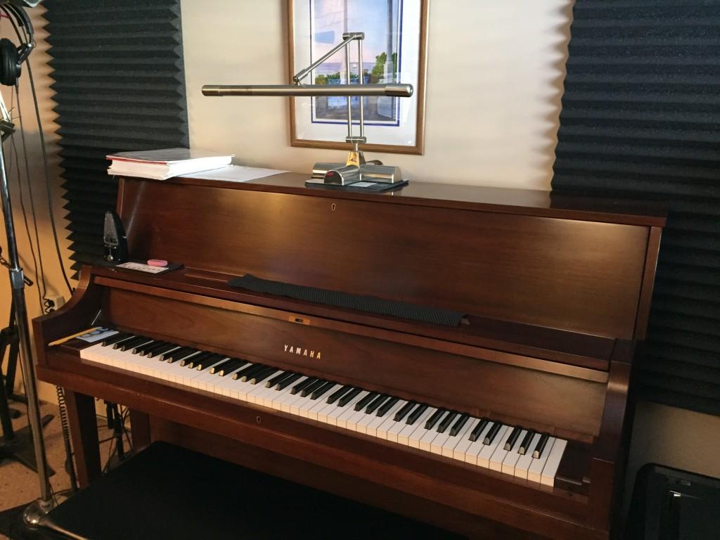 yamaha p22 studio piano o 39 keefemusic. Black Bedroom Furniture Sets. Home Design Ideas