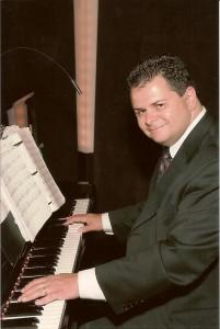 John O'Keefe at the Piano shot 2